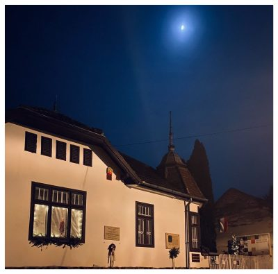 Szőnyi Múzeum karácsonyi holdfényben